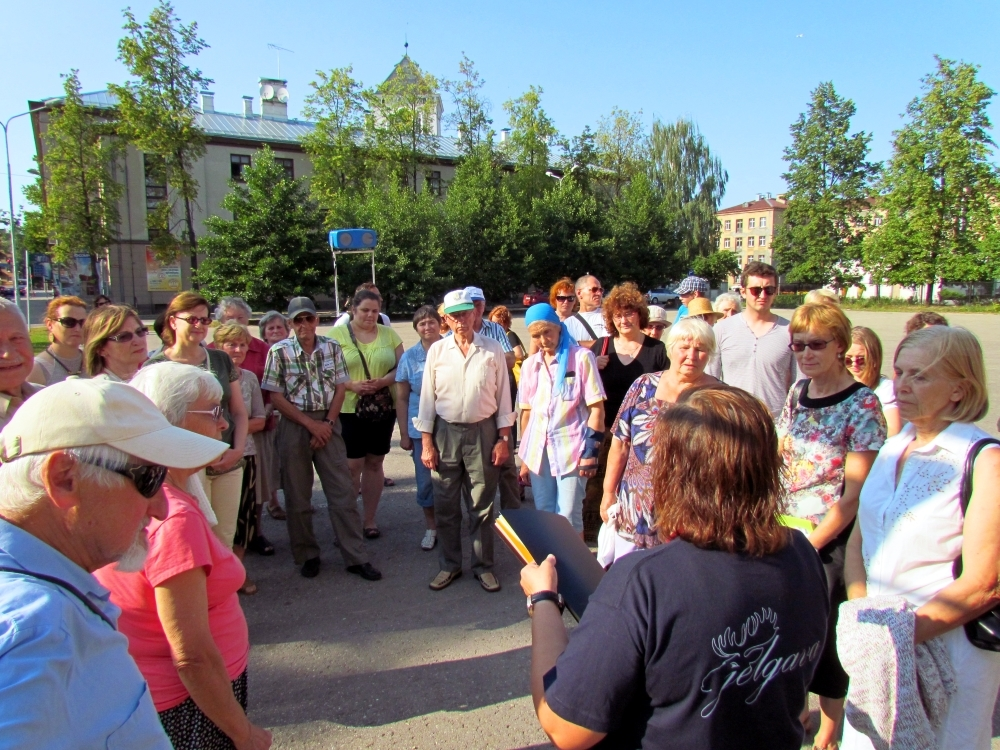 "Guided Tours ""Jelgava 750"""