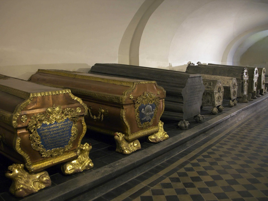 """Tombs of the Dukes of Courland"" -   Rundale Palace Museum exhibition in Jelgava Palace"