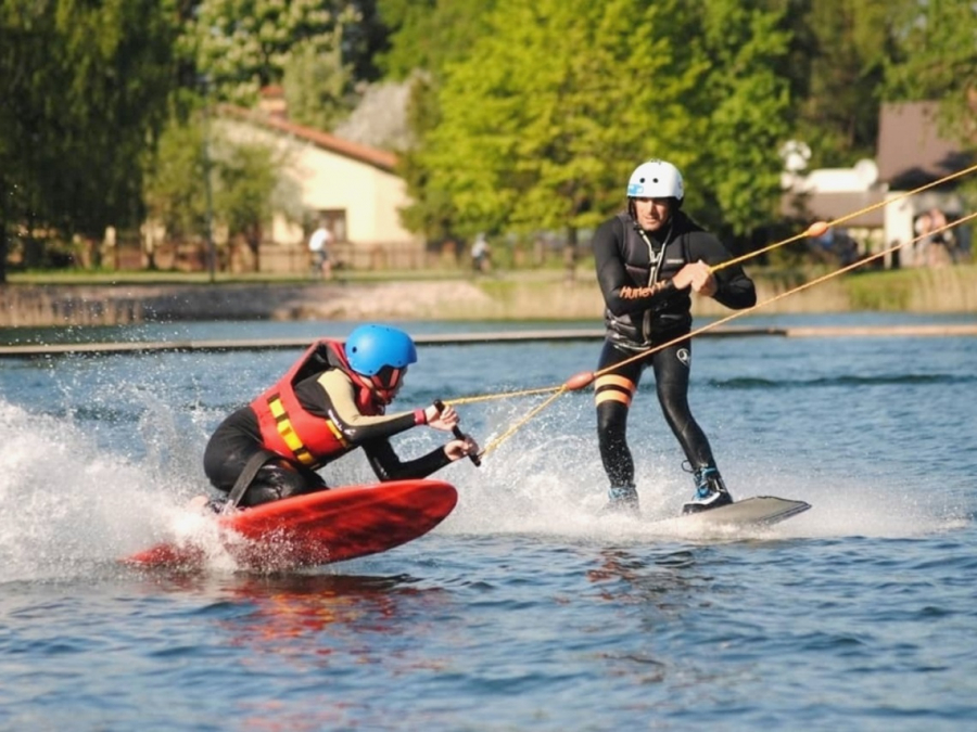"Wakeboarding and waterskiing track ""5 masti"""