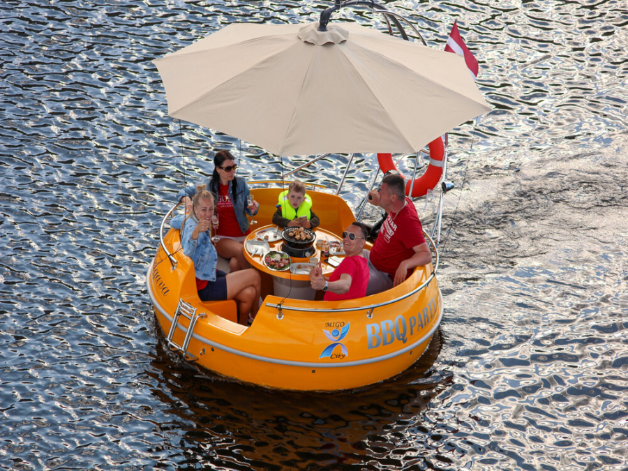 New! BBQ electric boat