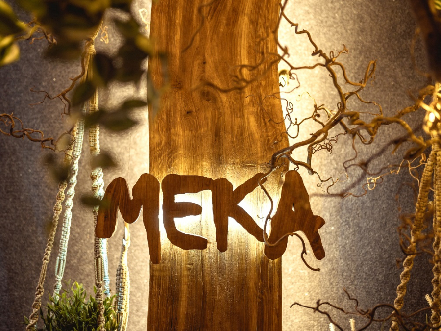 "Bar & Restaurant ""Meka"""
