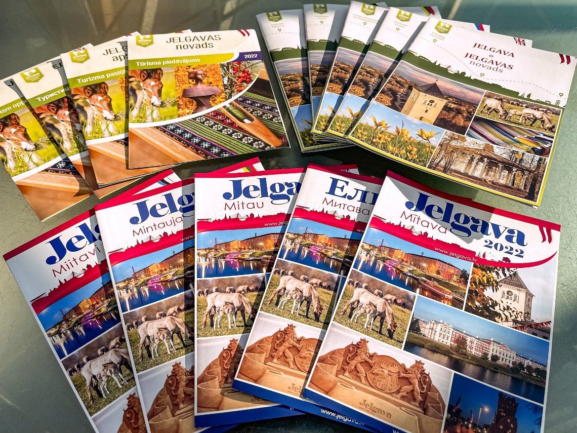 Tourism Guides and Maps